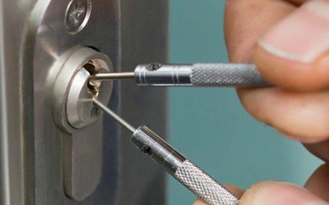 Методы взлома стальных дверей