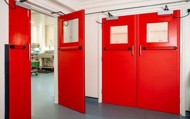 Противопожарные двери и их характеристики